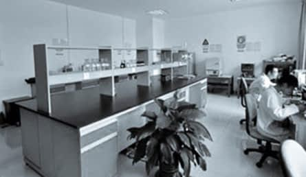 laboratory-equipment-11