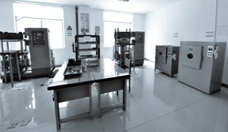 laboratory-equipment-3